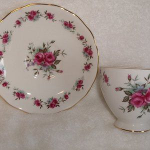 Queen Anne teacup saucer bone china pink roses